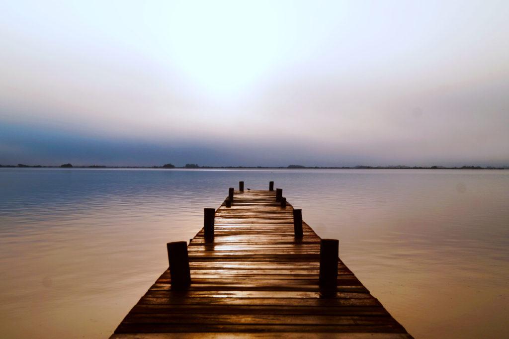 Un muelle est un ponton avançant sur la mer ou comme ici sur la lagune de Bacalar